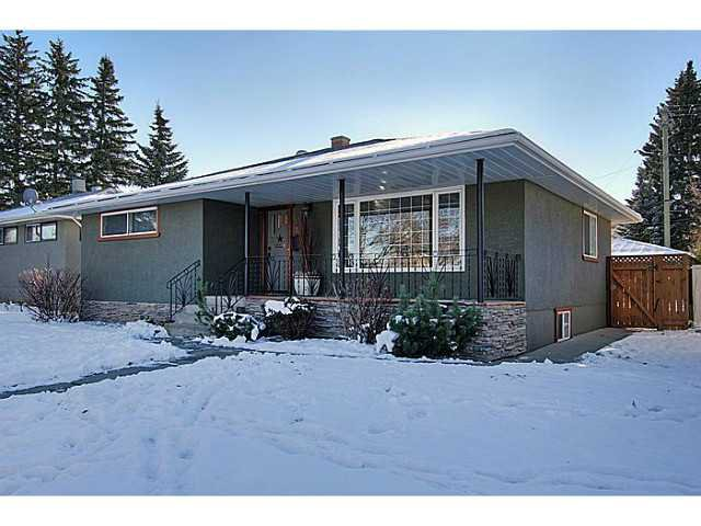 Main Photo: 3119 35 Avenue SW in CALGARY: Rutland Park Residential Detached Single Family for sale (Calgary)  : MLS®# C3591829