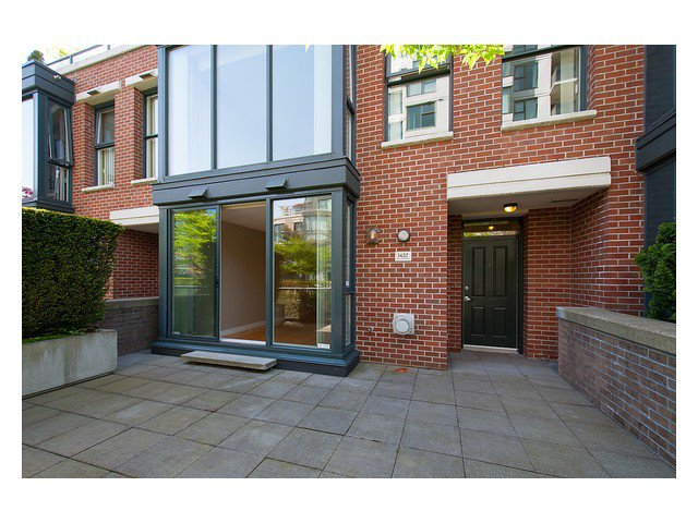 """Photo 2: Photos: 1437 W 7TH Avenue in Vancouver: Fairview VW Townhouse for sale in """"Portico"""" (Vancouver West)  : MLS®# V1064746"""