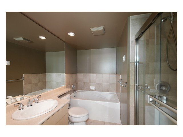 """Photo 11: Photos: 1437 W 7TH Avenue in Vancouver: Fairview VW Townhouse for sale in """"Portico"""" (Vancouver West)  : MLS®# V1064746"""