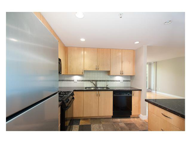 """Photo 8: Photos: 1437 W 7TH Avenue in Vancouver: Fairview VW Townhouse for sale in """"Portico"""" (Vancouver West)  : MLS®# V1064746"""