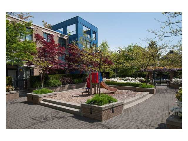 """Photo 20: Photos: 1437 W 7TH Avenue in Vancouver: Fairview VW Townhouse for sale in """"Portico"""" (Vancouver West)  : MLS®# V1064746"""