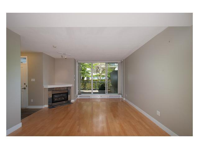 """Photo 3: Photos: 1437 W 7TH Avenue in Vancouver: Fairview VW Townhouse for sale in """"Portico"""" (Vancouver West)  : MLS®# V1064746"""
