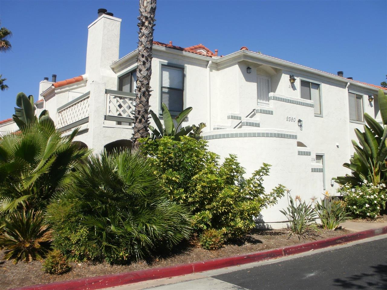 Main Photo: RANCHO PENASQUITOS Condo for sale : 3 bedrooms : 9380 Twin Trails Dr #204 in San Diego
