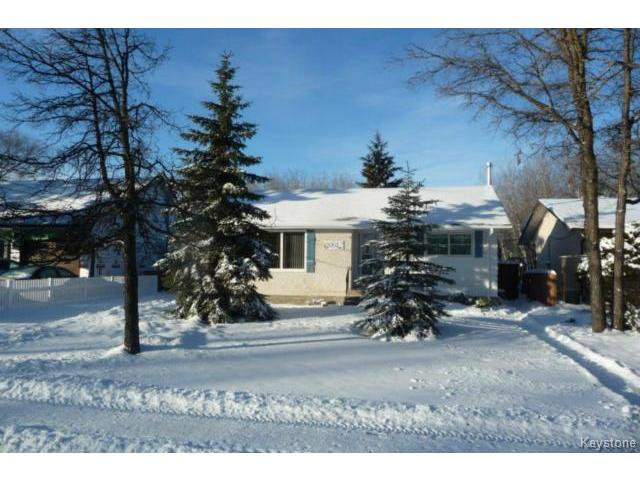 Main Photo: 350 Laxdal Road in WINNIPEG: Charleswood Residential for sale (South Winnipeg)  : MLS®# 1500255