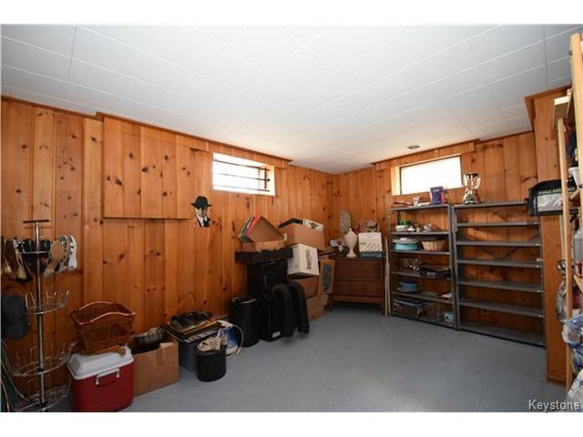 Photo 12: Photos: 1127 Rothesay Street in WINNIPEG: North Kildonan Residential for sale (North East Winnipeg)  : MLS®# 1512916