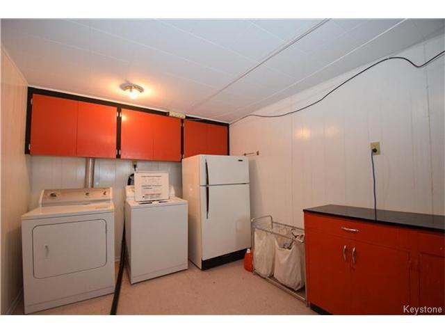 Photo 13: Photos: 1127 Rothesay Street in WINNIPEG: North Kildonan Residential for sale (North East Winnipeg)  : MLS®# 1512916