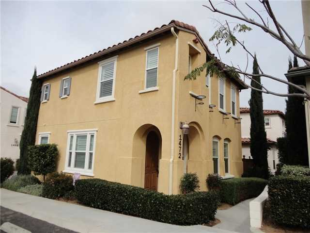 Main Photo: SOUTHWEST ESCONDIDO House for sale : 3 bedrooms : 1472 Mosaic Glen in Escondido