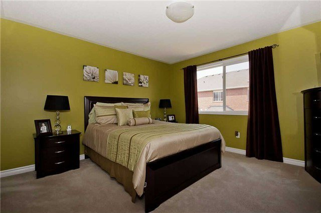 Photo 15: Photos: 849 Gifford Crest in Milton: Coates House (2-Storey) for sale : MLS®# W3301016