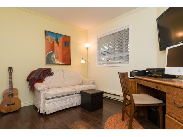 "Photo 13: Photos: 207 15991 THRIFT Avenue: White Rock Condo for sale in ""The Arcadian"" (South Surrey White Rock)  : MLS®# R2003666"