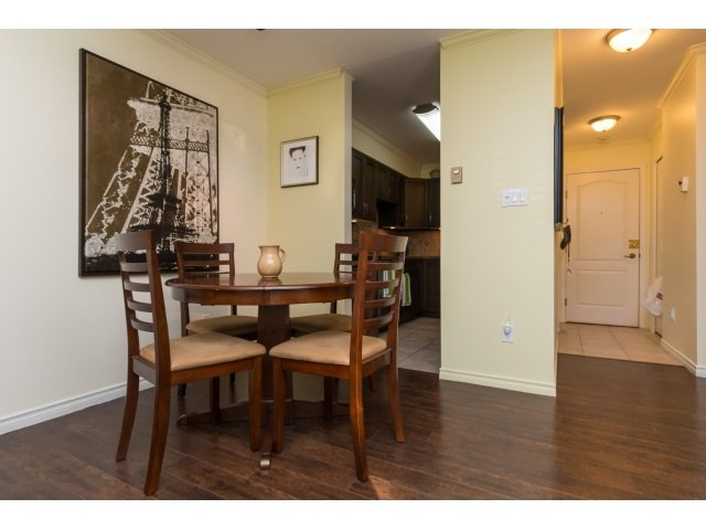 "Photo 8: Photos: 207 15991 THRIFT Avenue: White Rock Condo for sale in ""The Arcadian"" (South Surrey White Rock)  : MLS®# R2003666"