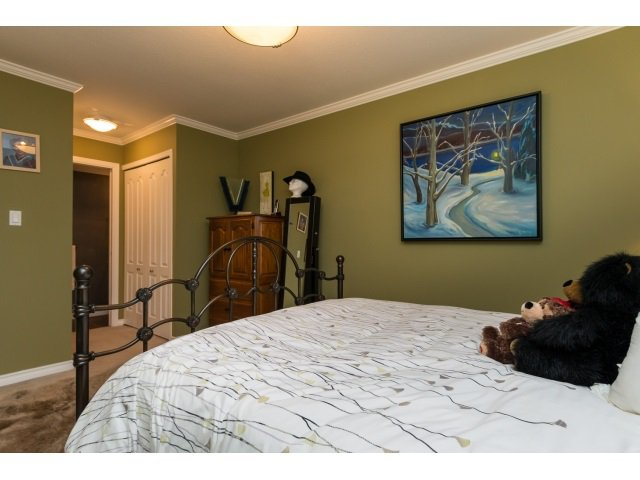"Photo 16: Photos: 207 15991 THRIFT Avenue: White Rock Condo for sale in ""The Arcadian"" (South Surrey White Rock)  : MLS®# R2003666"
