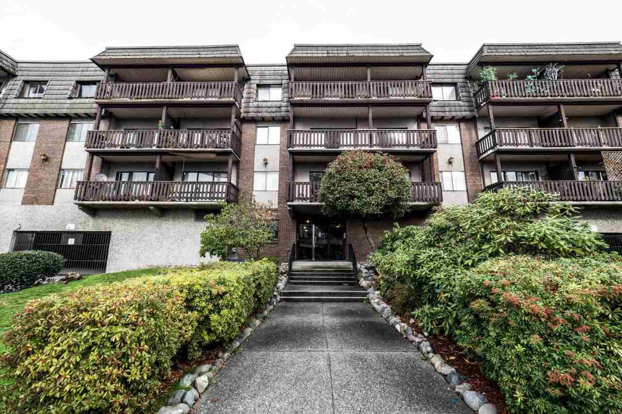 "Main Photo: 115 170 E 3RD Street in North Vancouver: Lower Lonsdale Condo for sale in ""Bristol Court"" : MLS®# R2012407"