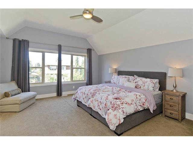 Photo 27: Photos: 418 25 Avenue NE in Calgary: Winston Heights/Mountview House for sale : MLS®# C4068652