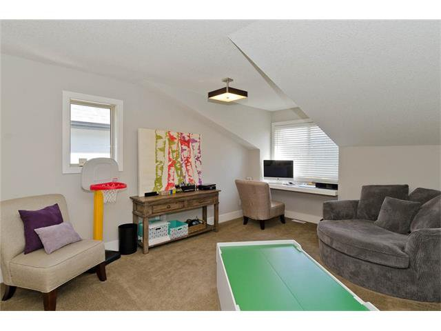 Photo 20: Photos: 418 25 Avenue NE in Calgary: Winston Heights/Mountview House for sale : MLS®# C4068652