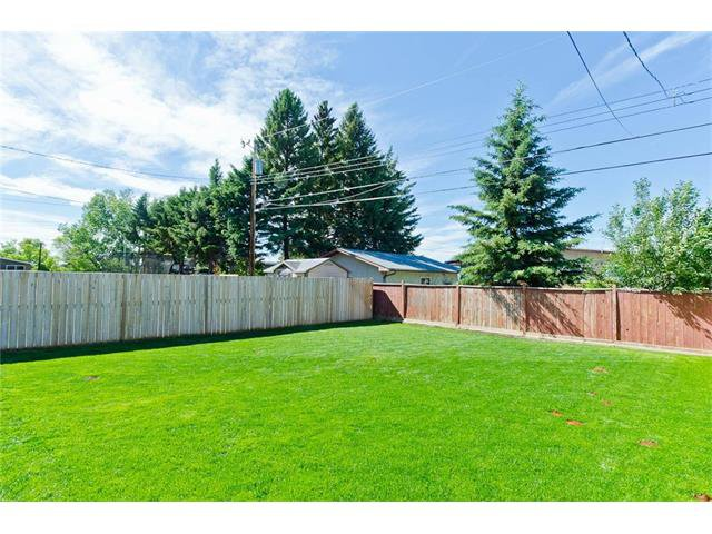 Photo 50: Photos: 418 25 Avenue NE in Calgary: Winston Heights/Mountview House for sale : MLS®# C4068652