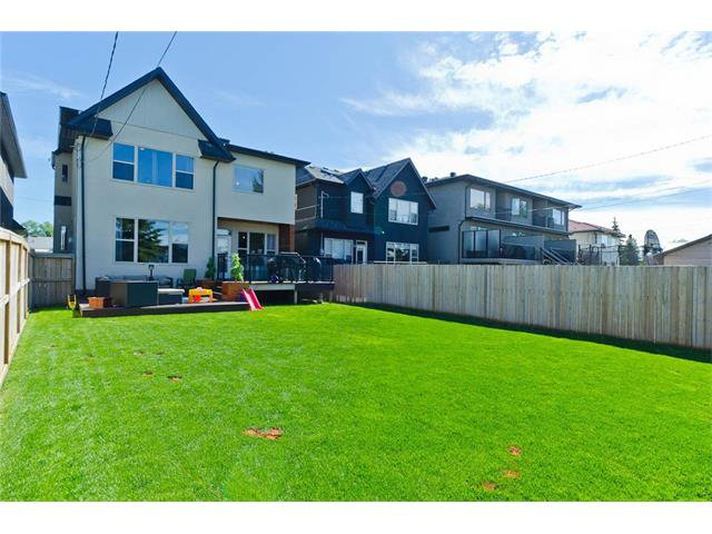 Photo 47: Photos: 418 25 Avenue NE in Calgary: Winston Heights/Mountview House for sale : MLS®# C4068652