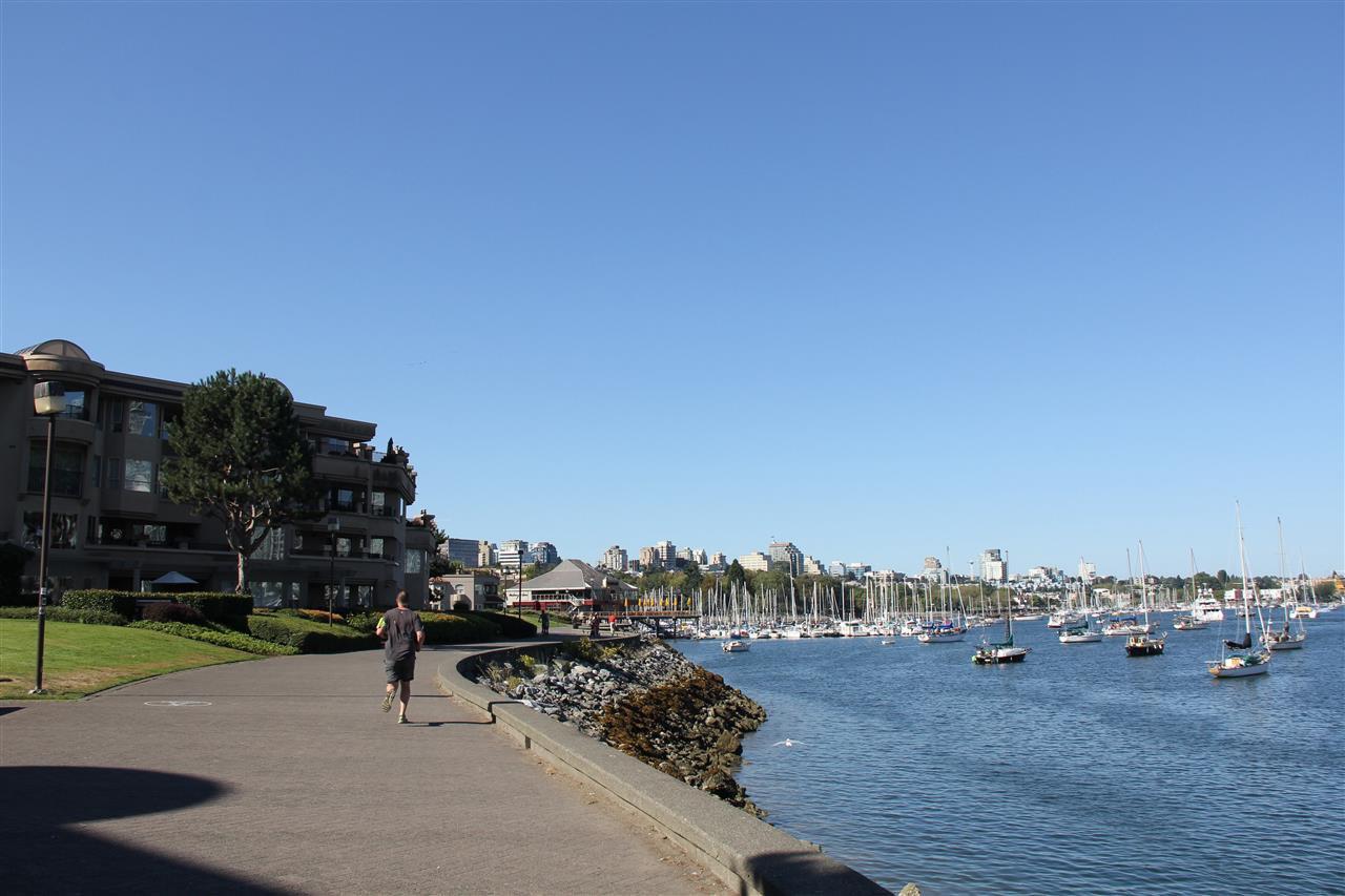 Photo 6: Photos: 411 1859 SPYGLASS Place in Vancouver: False Creek Condo for sale (Vancouver West)  : MLS®# R2100993