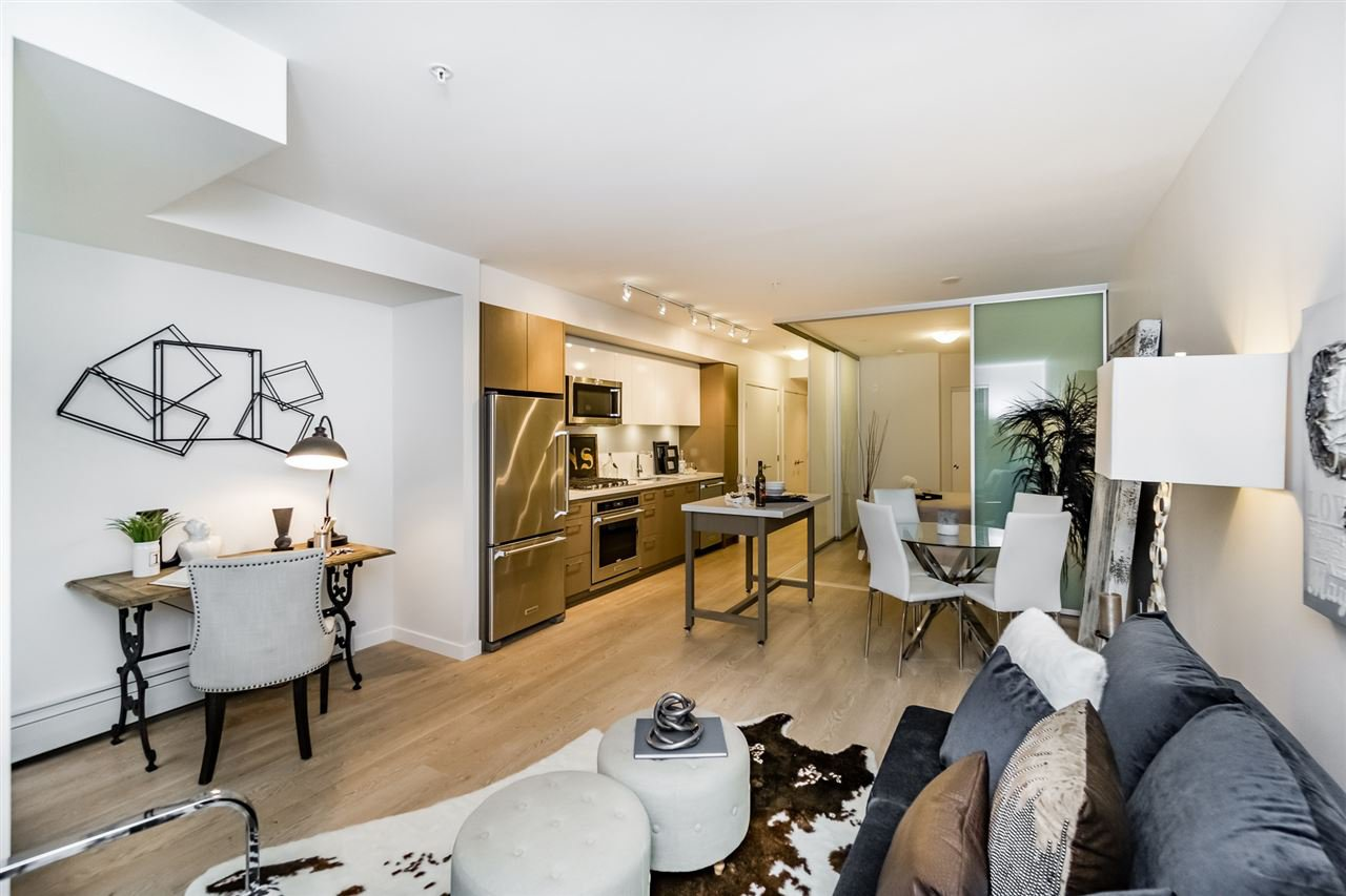 """Main Photo: 501 384 E 1ST Avenue in Vancouver: Mount Pleasant VE Condo for sale in """"CANVAS"""" (Vancouver East)  : MLS®# R2122429"""