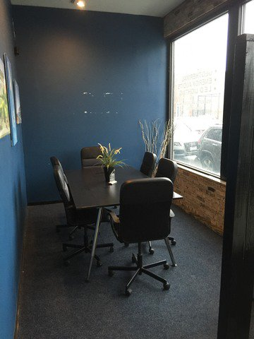 Photo 5: Photos: 2350 Grand Avenue in CHICAGO: CHI - West Town Retail / Stores for rent (Chicago West)  : MLS®# MRD09668479