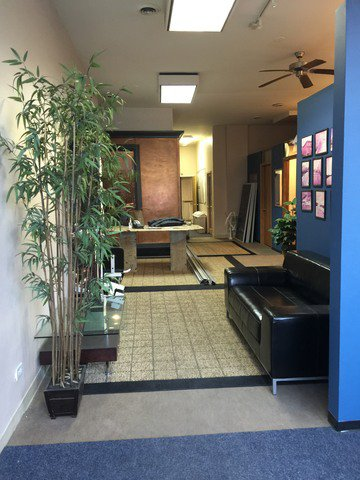 Photo 6: Photos: 2350 Grand Avenue in CHICAGO: CHI - West Town Retail / Stores for rent (Chicago West)  : MLS®# MRD09668479