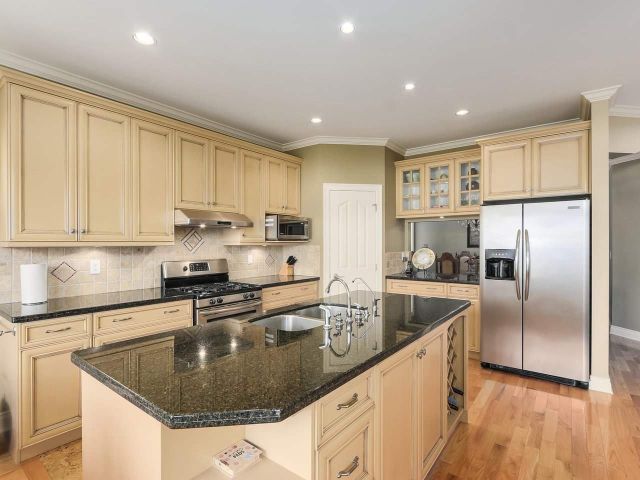 """Photo 7: Photos: 15491 37A Avenue in Surrey: Morgan Creek House for sale in """"Ironwood"""" (South Surrey White Rock)  : MLS®# R2212190"""