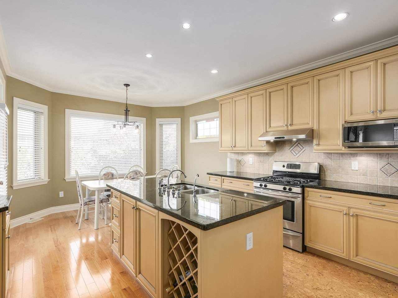 """Photo 8: Photos: 15491 37A Avenue in Surrey: Morgan Creek House for sale in """"Ironwood"""" (South Surrey White Rock)  : MLS®# R2212190"""