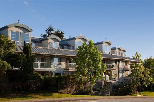 Main Photo: 213 11519 BURNETT Street in Maple Ridge: East Central Condo for sale : MLS®# R2218239