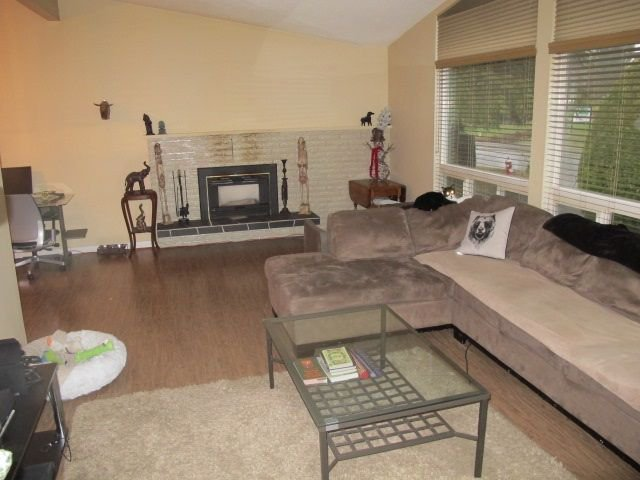 """Photo 3: Photos: 36 E TENTH Avenue in New Westminster: The Heights NW House for sale in """"The Heights"""" : MLS®# R2225208"""