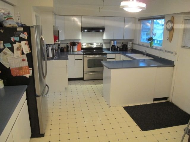 """Photo 8: Photos: 36 E TENTH Avenue in New Westminster: The Heights NW House for sale in """"The Heights"""" : MLS®# R2225208"""