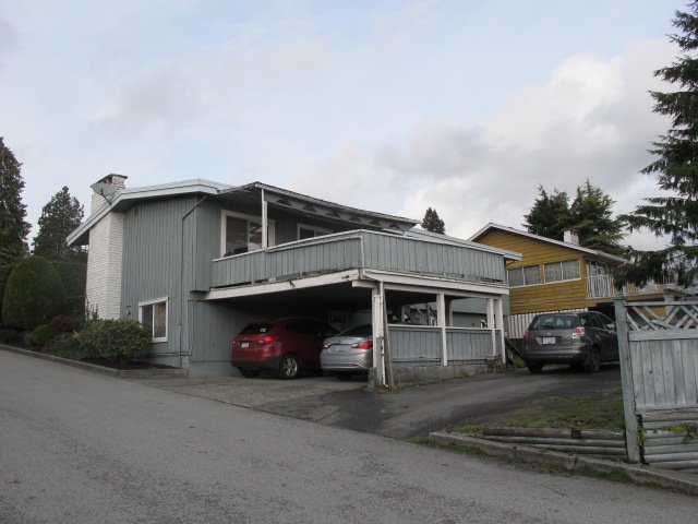 """Photo 24: Photos: 36 E TENTH Avenue in New Westminster: The Heights NW House for sale in """"The Heights"""" : MLS®# R2225208"""