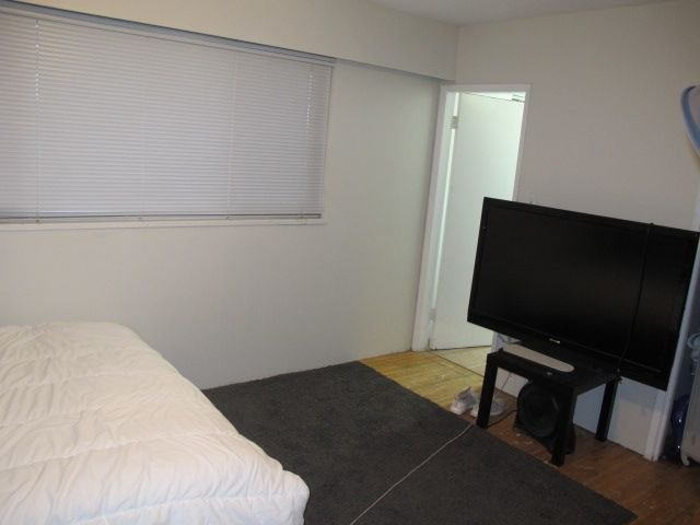 """Photo 10: Photos: 36 E TENTH Avenue in New Westminster: The Heights NW House for sale in """"The Heights"""" : MLS®# R2225208"""