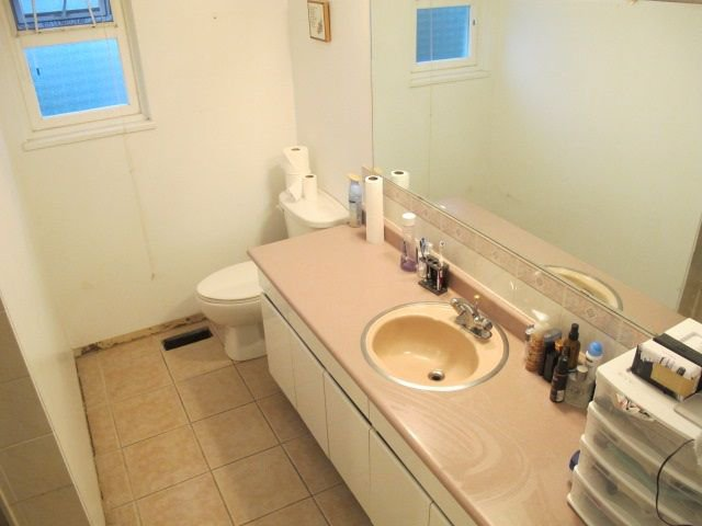 """Photo 15: Photos: 36 E TENTH Avenue in New Westminster: The Heights NW House for sale in """"The Heights"""" : MLS®# R2225208"""