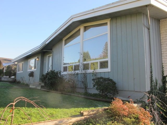 """Photo 2: Photos: 36 E TENTH Avenue in New Westminster: The Heights NW House for sale in """"The Heights"""" : MLS®# R2225208"""