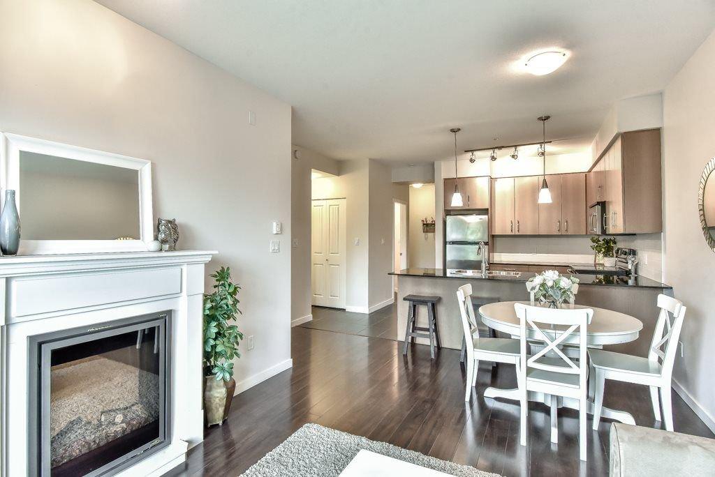"Photo 6: Photos: 308 22290 NORTH Avenue in Maple Ridge: West Central Condo for sale in ""Solo"" : MLS®# R2309801"