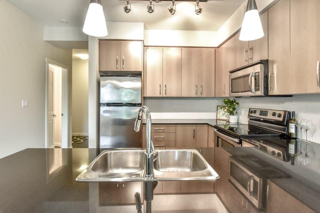 "Photo 11: Photos: 308 22290 NORTH Avenue in Maple Ridge: West Central Condo for sale in ""Solo"" : MLS®# R2309801"