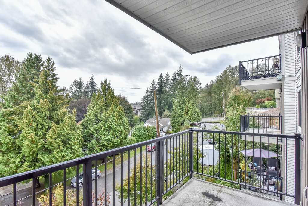 "Photo 19: Photos: 308 22290 NORTH Avenue in Maple Ridge: West Central Condo for sale in ""Solo"" : MLS®# R2309801"