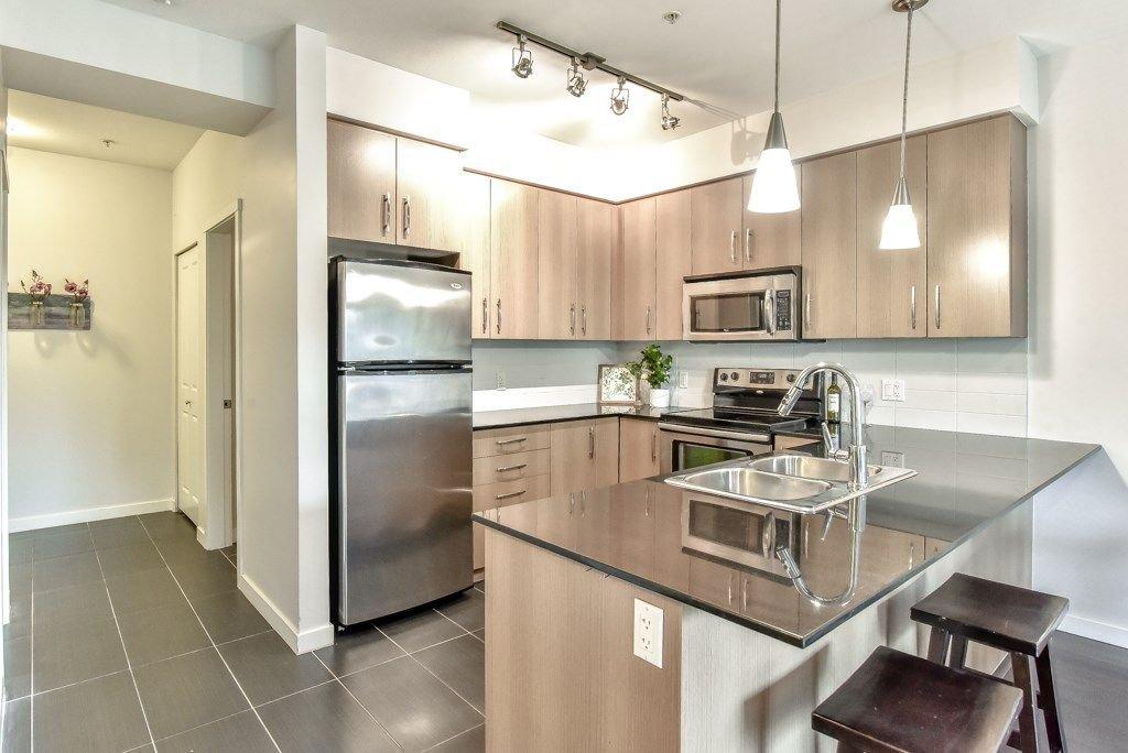 "Photo 12: Photos: 308 22290 NORTH Avenue in Maple Ridge: West Central Condo for sale in ""Solo"" : MLS®# R2309801"