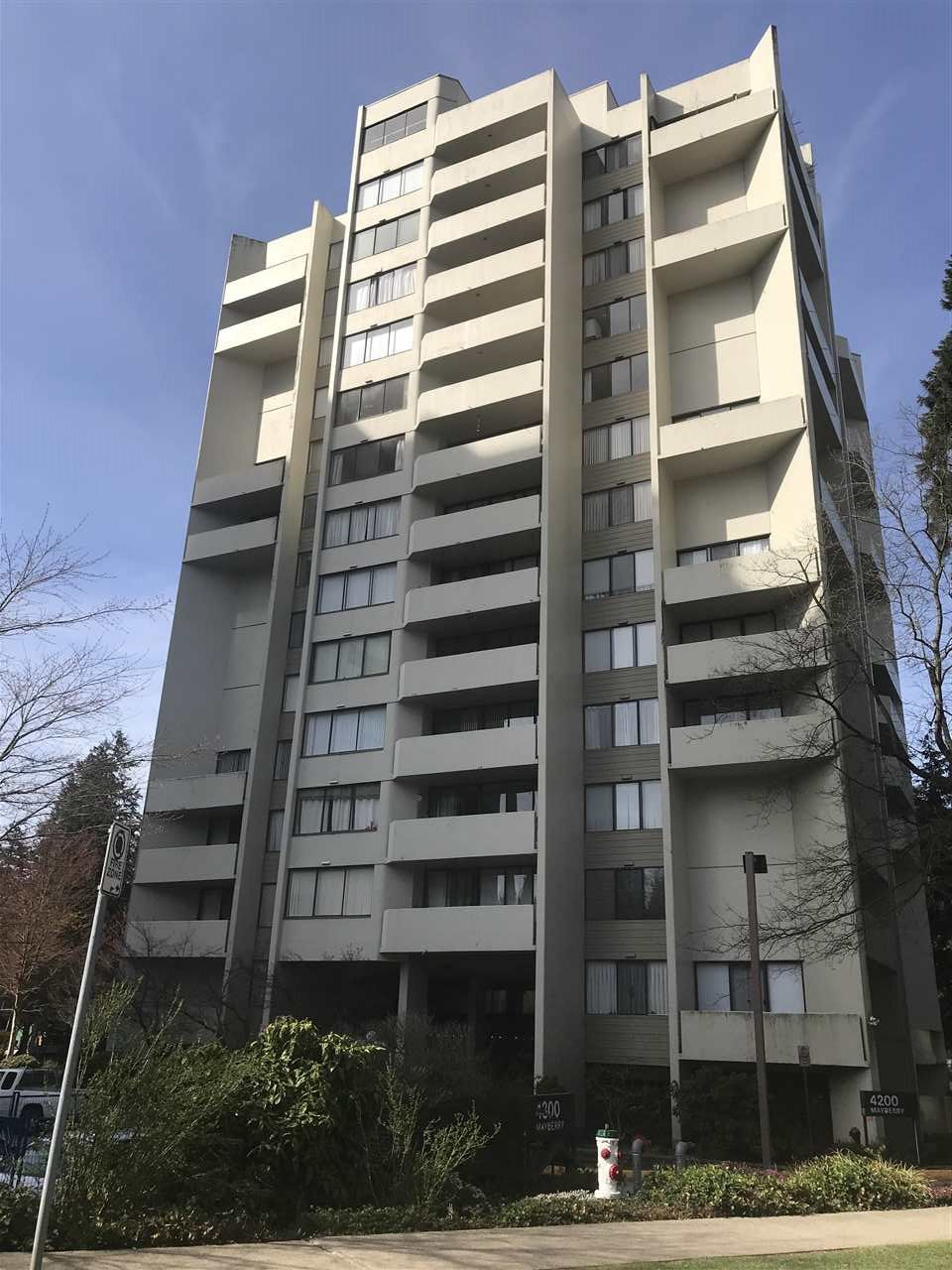 """Main Photo: 1006 4200 MAYBERRY Street in Burnaby: Metrotown Condo for sale in """"TIME SQUARE"""" (Burnaby South)  : MLS®# R2340760"""