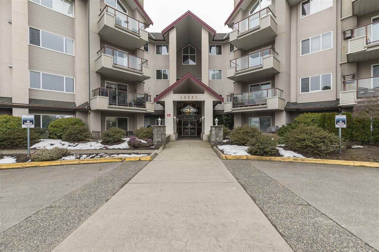 "Main Photo: 204 45520 KNIGHT Road in Sardis: Sardis West Vedder Rd Condo for sale in ""Morningside"" : MLS®# R2346105"