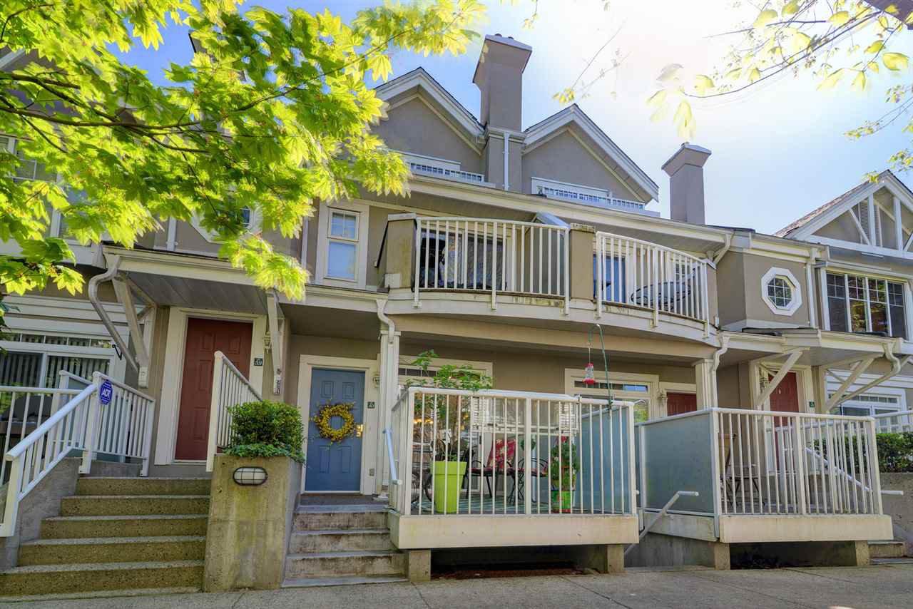 Main Photo: 40 2422 HAWTHORNE Avenue in Port Coquitlam: Central Pt Coquitlam Condo for sale : MLS®# R2371658
