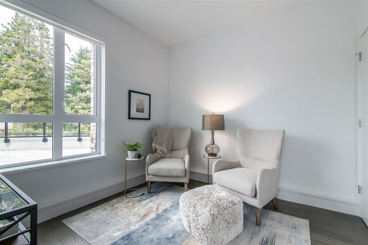 "Photo 15: Photos: 216 3220 CONNAUGHT Crescent in North Vancouver: Edgemont Condo for sale in ""THE CONNAUGHT"" : MLS®# R2384833"