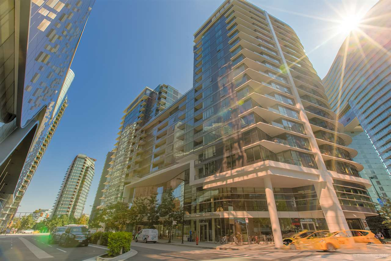 """Main Photo: 301 68 SMITHE Street in Vancouver: Downtown VW Condo for sale in """"One Pacific"""" (Vancouver West)  : MLS®# R2396094"""