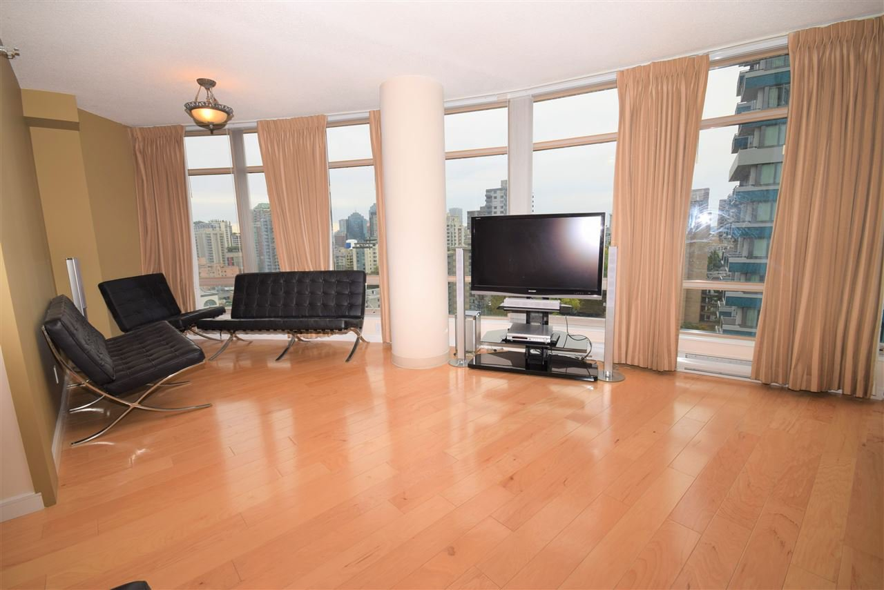 """Main Photo: 1502 1200 ALBERNI Street in Vancouver: West End VW Condo for sale in """"PALISADES"""" (Vancouver West)  : MLS®# R2411151"""