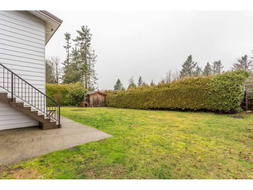 Photo 19: Photos: 33233 WHIDDEN Avenue in Mission: Mission BC House for sale : MLS®# R2424753