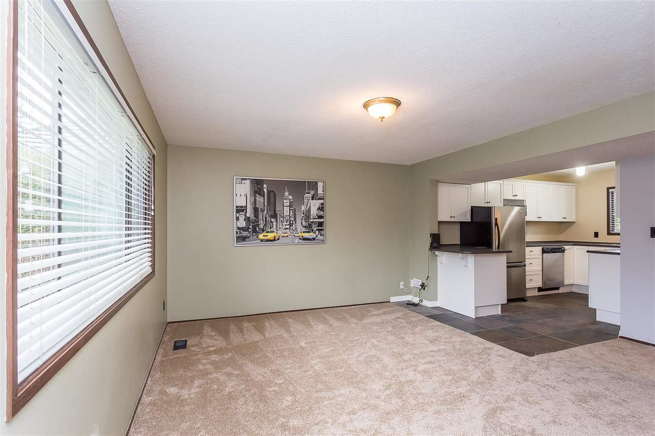Photo 15: Photos: 33233 WHIDDEN Avenue in Mission: Mission BC House for sale : MLS®# R2424753