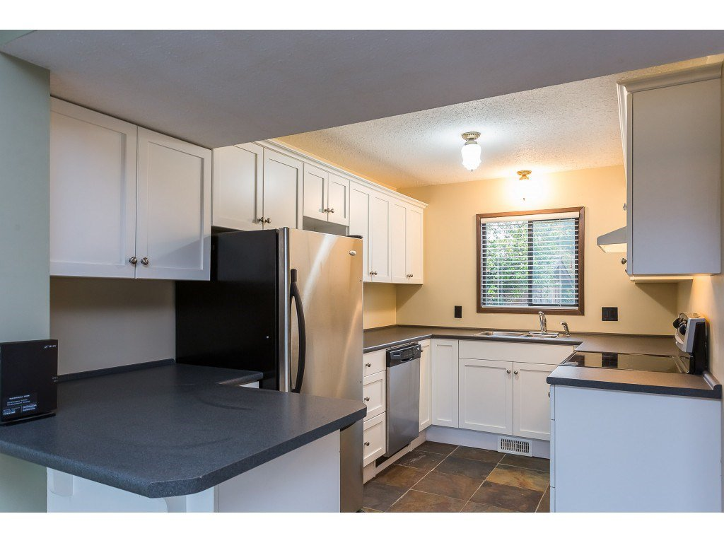 Photo 14: Photos: 33233 WHIDDEN Avenue in Mission: Mission BC House for sale : MLS®# R2424753