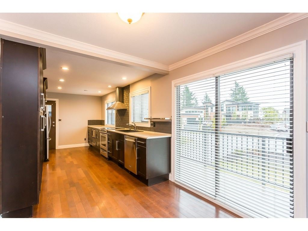 Photo 6: Photos: 33233 WHIDDEN Avenue in Mission: Mission BC House for sale : MLS®# R2424753