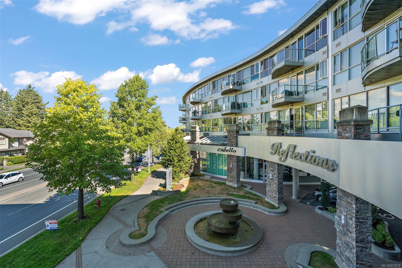 Main Photo: 324 2745 Veterans Memorial Pkwy in : La Mill Hill Condo for sale (Langford)  : MLS®# 853879