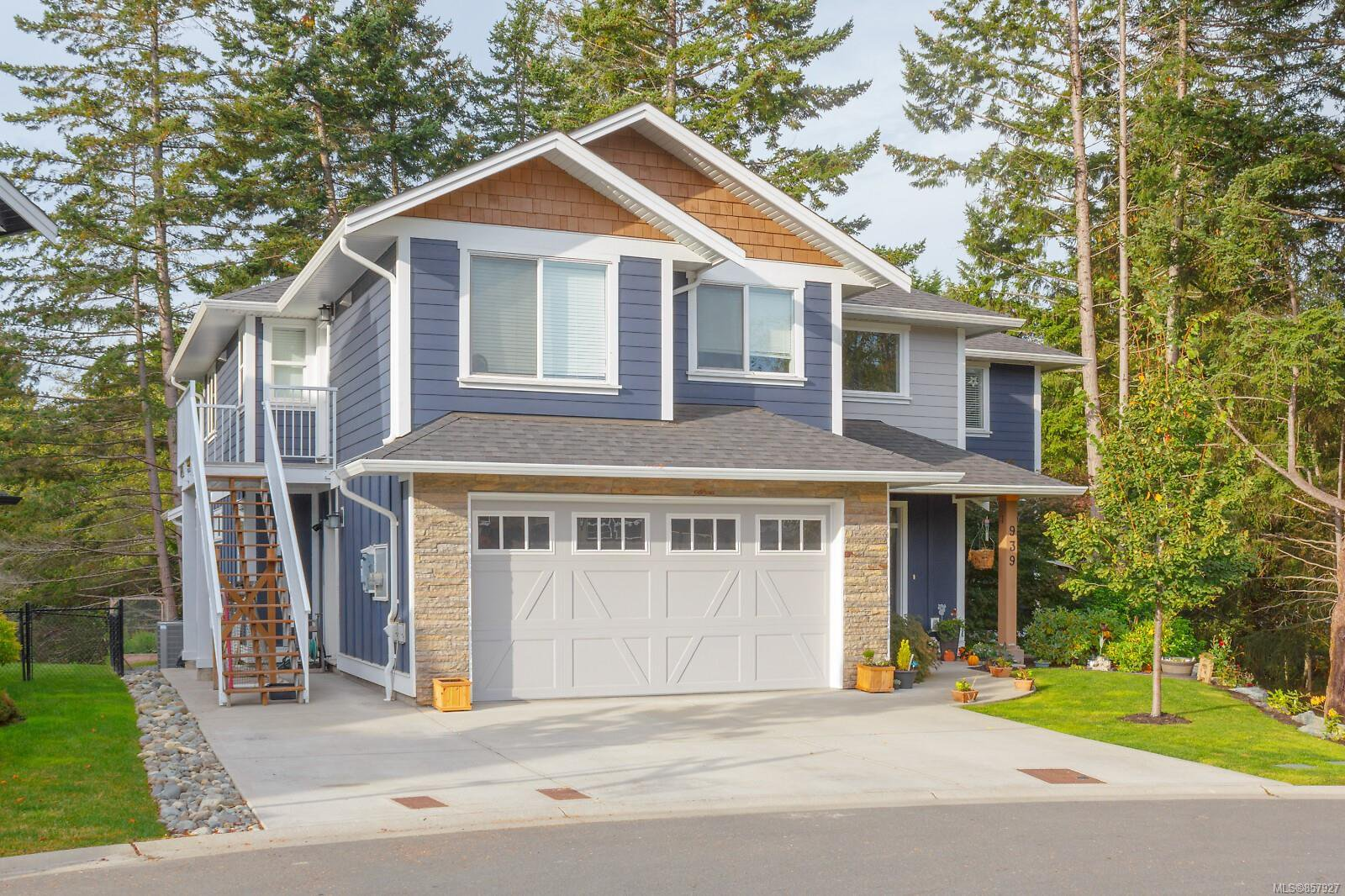 Main Photo: 939 Ancona Ave in : La Olympic View House for sale (Langford)  : MLS®# 857927