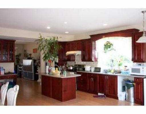 "Photo 2: Photos: 20975 GOLF LN in Maple Ridge: Southwest Maple Ridge House for sale in ""GOLF LANE ESTATES"" : MLS®# V544240"